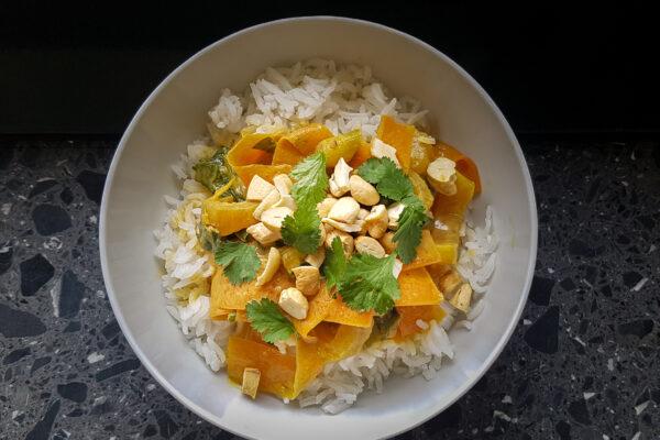 Reis Curry mit Pak Choi