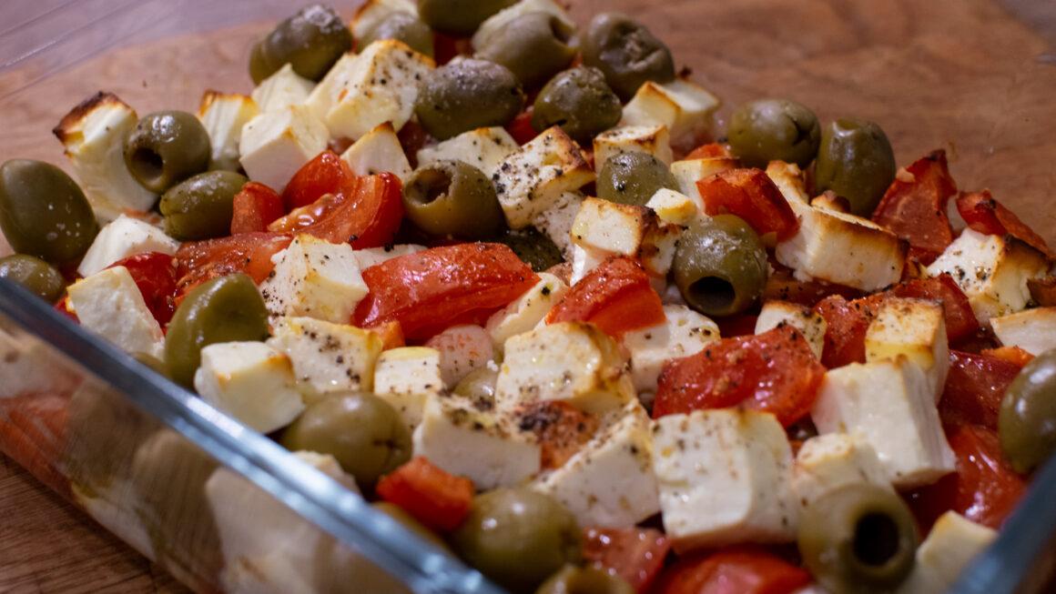 Cremiger Feta mit Tomaten aus dem Ofen